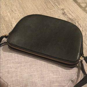 Black Banana Republic gold zipper crossbody purse